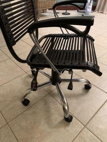 Krzesła Vox