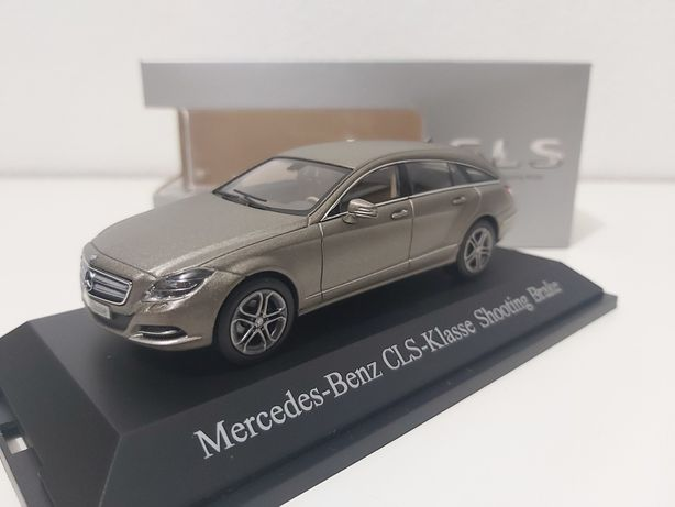 Mercedes-Benz CLS Shooting Brake 1:43 NOREV