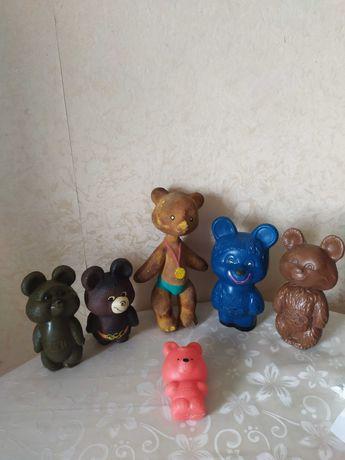 игрушка СССР резиновая олимпийский мишка незнайка пирамидка