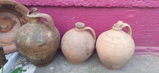 Глиняні сосуди Амфори