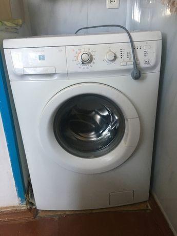 стиральная машина автомат Elektrolux EWS 106210W