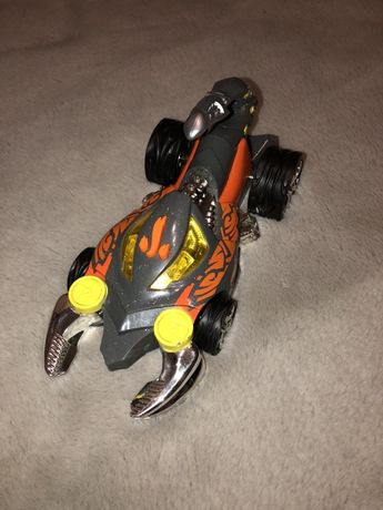 Hot Wheels pojazd Mondo L&S Monster Skorpion