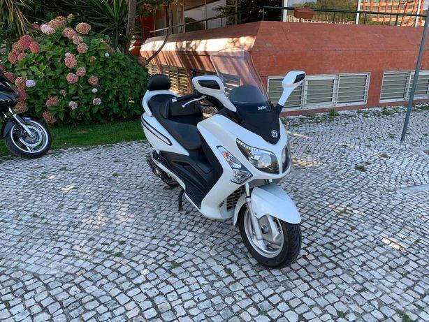 Scooter Sym GTS Evo 125cc - 2016 - 21.000 Kms