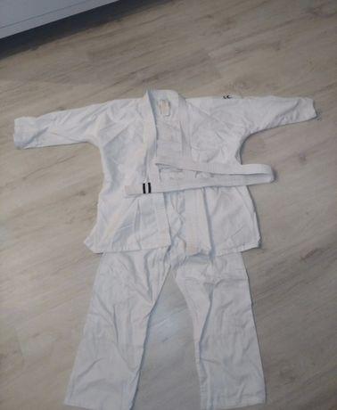 Strój na karate Decathlon