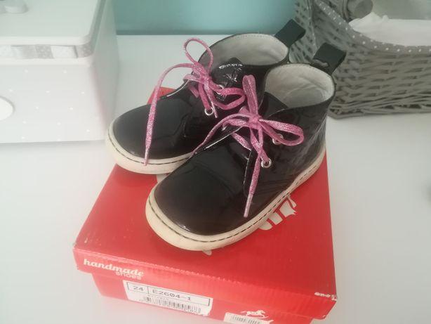 Trzewiki Emel czarne roz. 24 buty kalosze