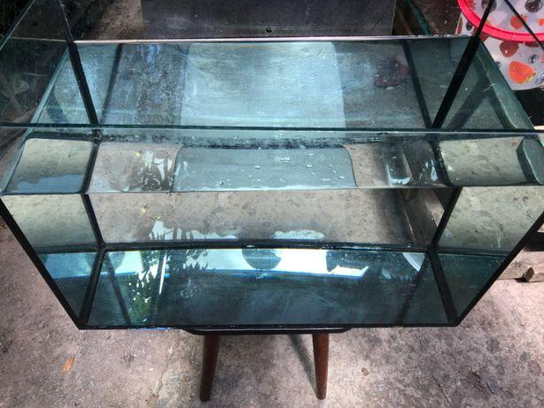 Аквариум бу на 70 литров, толстое стекло 7 мм
