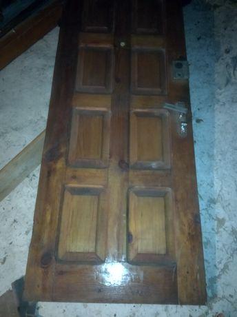 Двері дерев'яні з коробкою 80 см