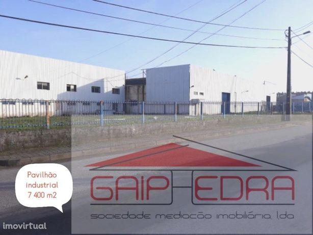 Pavilhão industrial com 7413 m2 Oliveira do Bairro