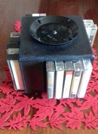 Продаю кассетник