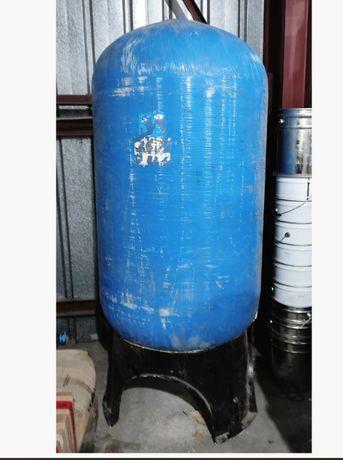 Б/У Резервуар высокого давления из композитного пластика.