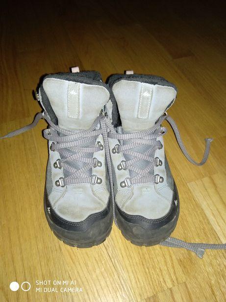 Dziewczęce buty zimowe, roz. 34