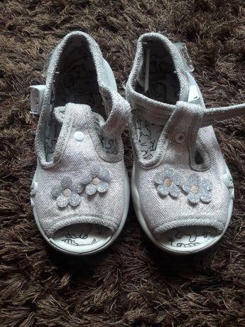 Kapcie pantofle befado 21
