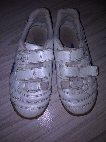 Продам кроссовки nike 31р