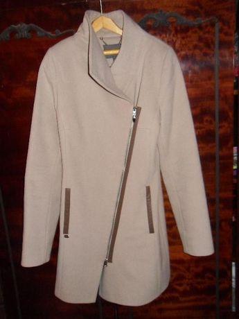 Пальто весна-осень размер 42
