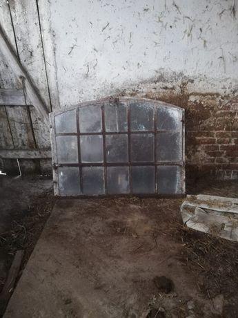 Żeliwne okna