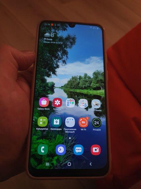 Защитное стекло на Samsung A50