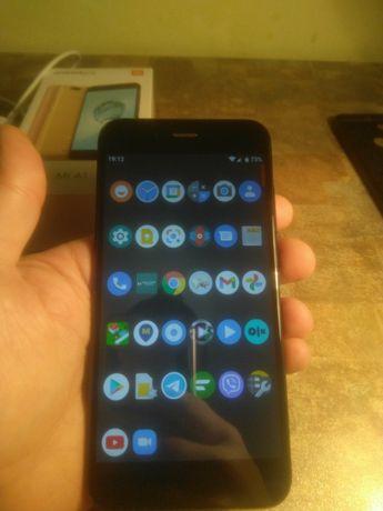 Xiaomi Mi A1 4/32 black в ідеалі + 2 чехли