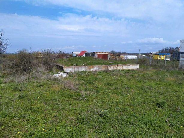 Земельна ділянка з фундаментом та гаражем у КАРОЛІНО-БУГАЗ