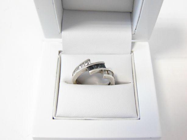 Śliczny srebrny pierścionek -925- R.15