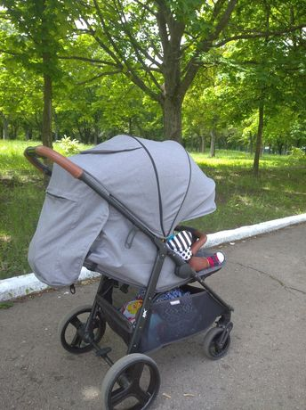 Продам прогулочную коляску EL Camino