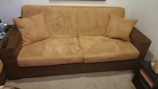Vendo dois sofás conjuntos