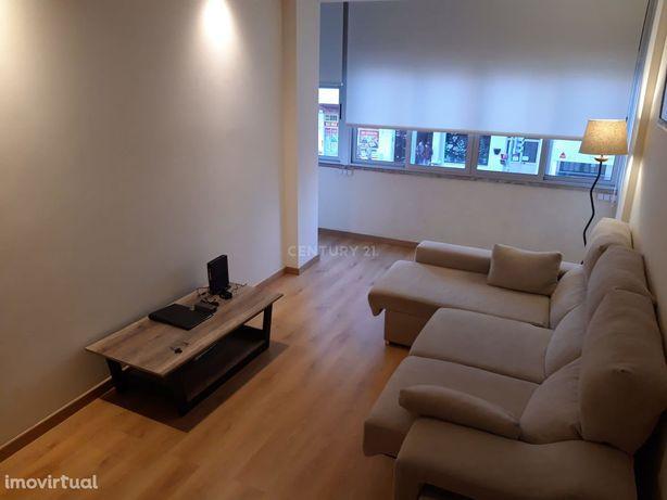 Apartamento T1 mobilado e equipado para arrendar no centro de Setúbal