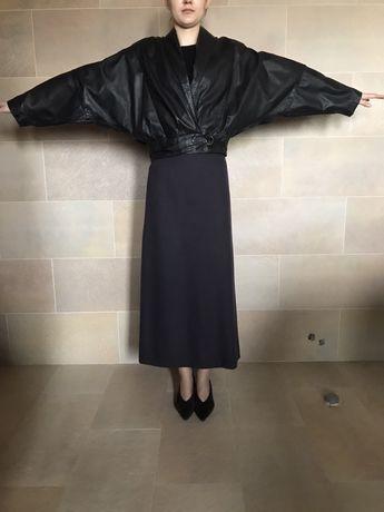 Kimonowa kurtka skórzana w bardzo dobrym stanie