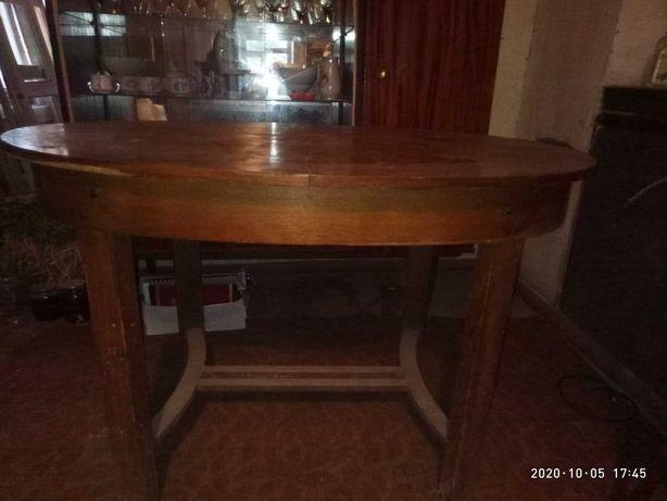 Антикварный стол, обеденный