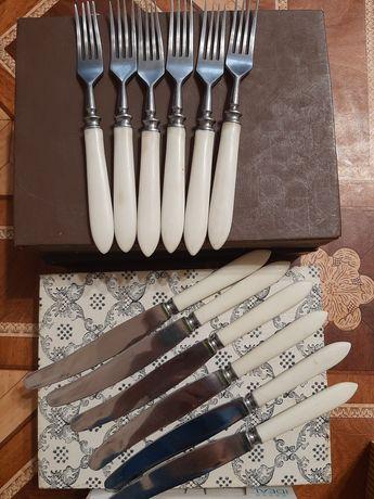 Продам набір вилок і ножів