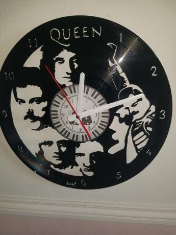 Relógio de Parede em Vinil - Queen 2