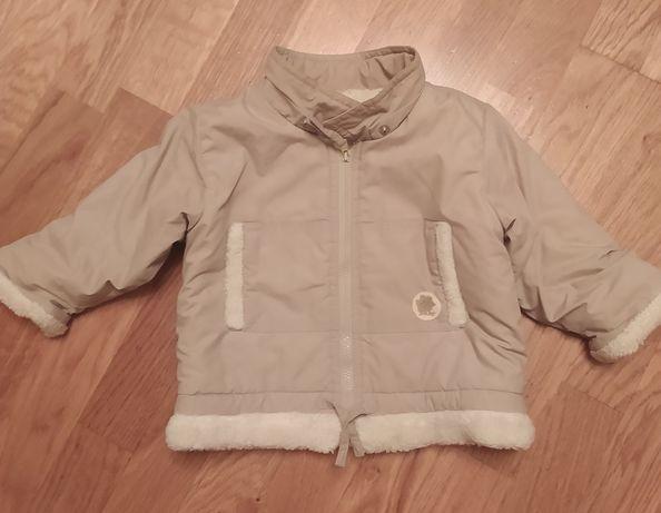 Продам детскую куртку весна-осень.