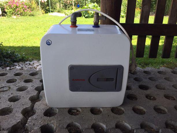 Elektryczny podgrzewacz do wody Ariston