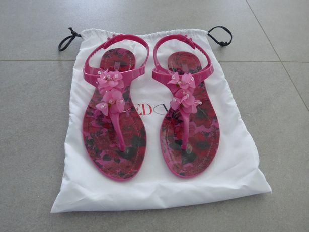 Sandálias Red Valentino Novas