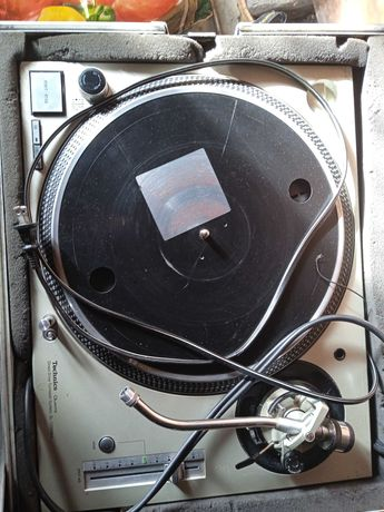 Gramofon Technics Quartz Sl-1200MK5