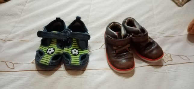 2 pares de sapatilhas n 25 menino