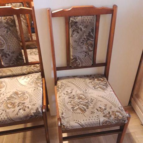 4 krzesła drewniane tapicerowane