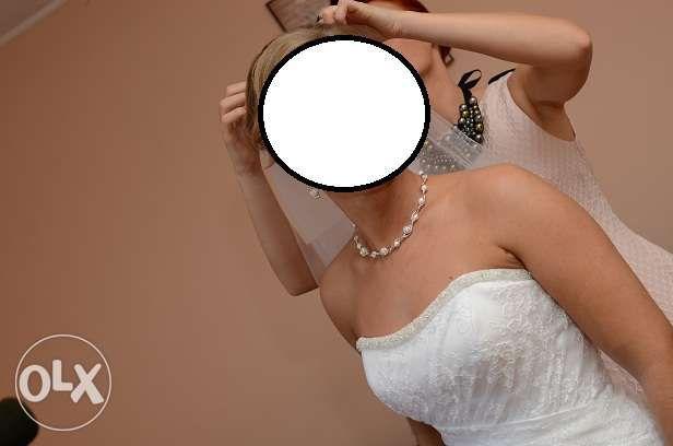 Suknia ślubna KORONKOWA roz.38