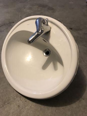 Lavatório casa de banho