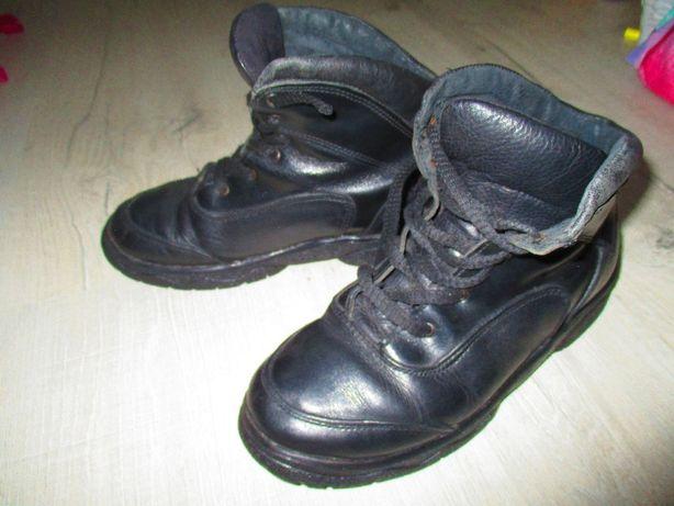 продам ботинки -весна -осень на мальчика