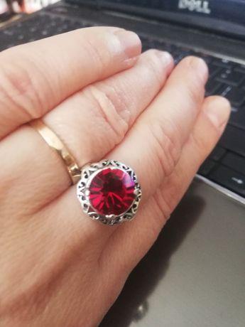 Srebrny pierścionek mała kopułka