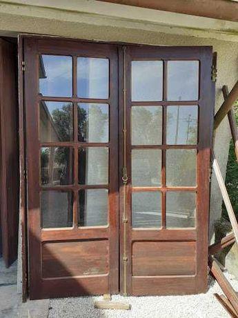 portas e janelas. mogno