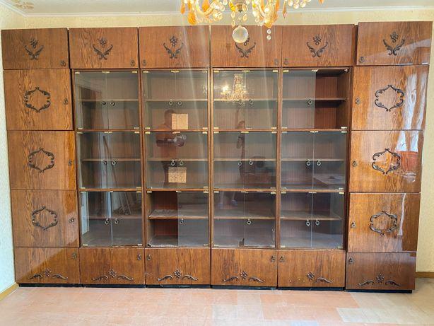 стенка-сервант шкафы, письменный стол