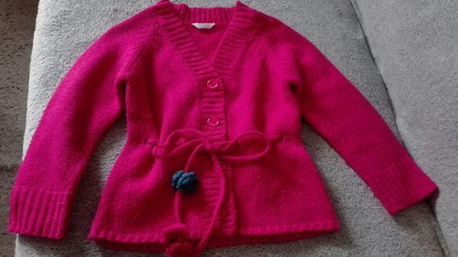 Cieplutki swetrek