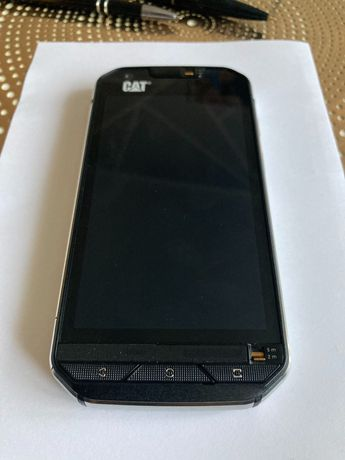 Smartfon CAT S60