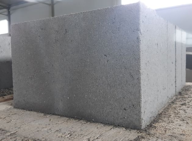 Bloczki betonowe 38x24x12