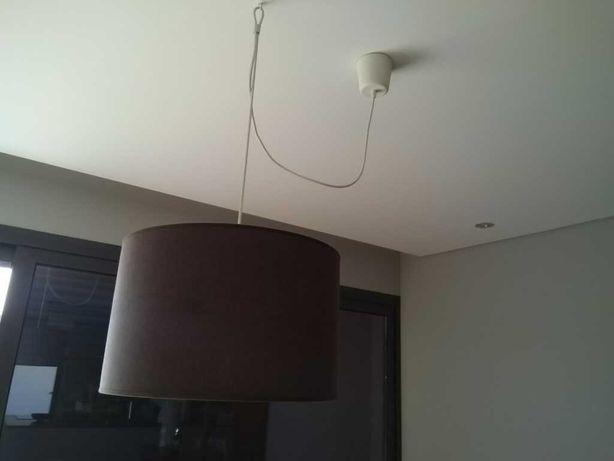 Candeeiro de teto para sala ou quarto