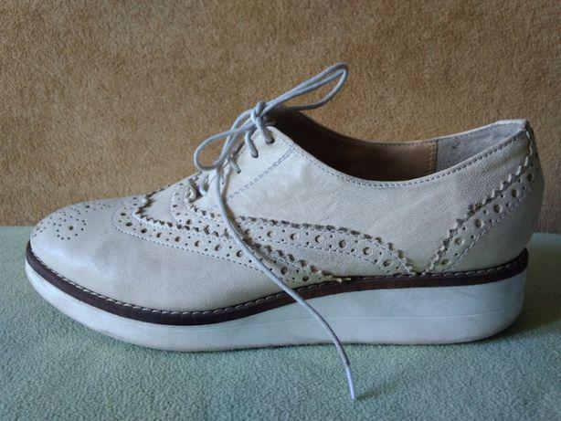 Buty półbuty Mark & Spencer prawie jak nowe, r 38 skórzane