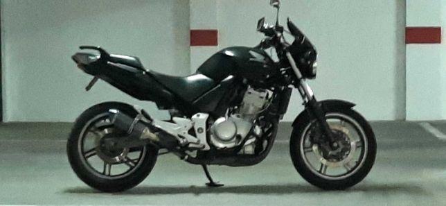 Honda CBF 500  impecável
