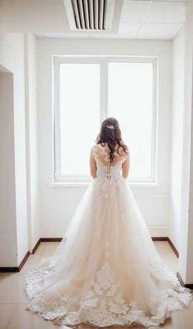 Весільна сукня бренду ELLY,
