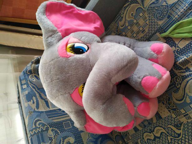 Продам мягкую игрушку,слонёнок,состояние идеальное,размер 41 см.